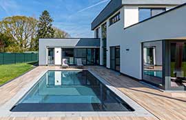 Best-Colors-For-Swimming-Pools_Example_Graphite-Grey
