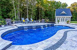 Best-Colors-For-Swimming-Pools_Example_Sapphire-Blue